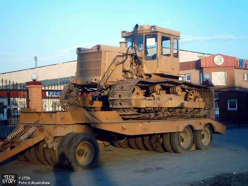 Тракторы Т-130 и Т-170 и их модификации. Фотогалерея, часть I.