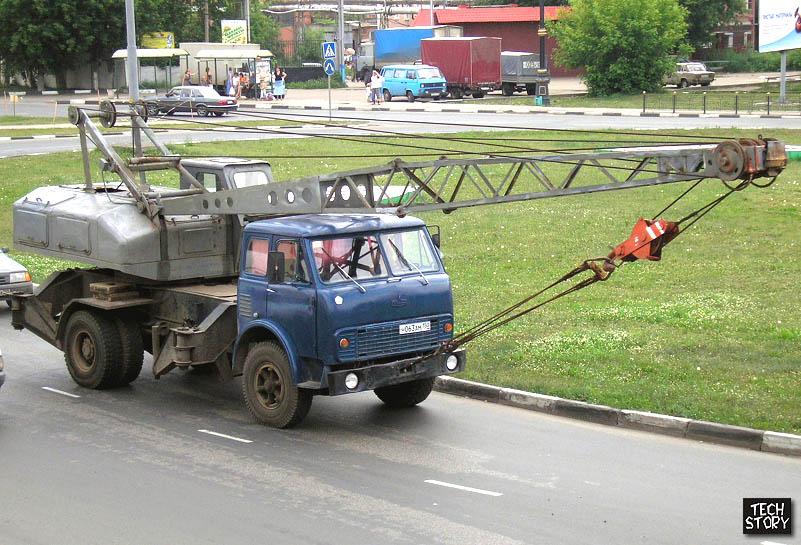 Кран СМК-10 на шасси