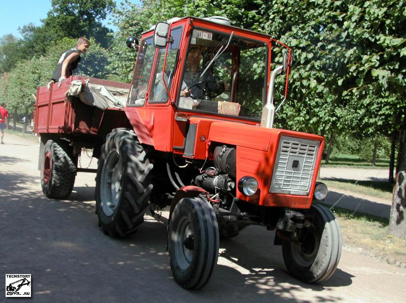 Грузоподъемность навесной системы (на оси подвеса), кг.  Ранее, с 1966 по 1972 гг. тракторы Т-25 выпускал Харьковский...